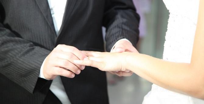 Cum poti motiva sotul sa fie fidel?