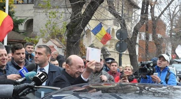 Traian Basescu ar putea fi premier